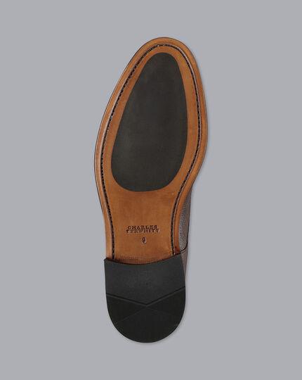 Flexible Sole Derby Shoe - Brown