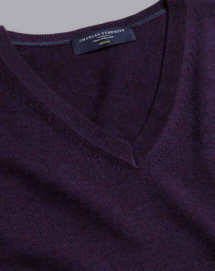 Merinopullover mit V-Ausschnitt - Dunkles Violett