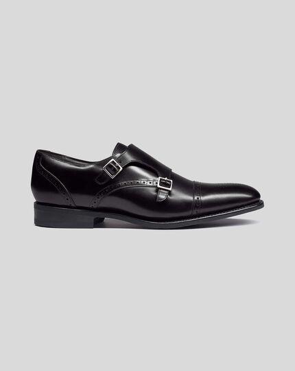 Rahmengenähte Performance-Schuhe mit Doppelschnalle in Schwarz