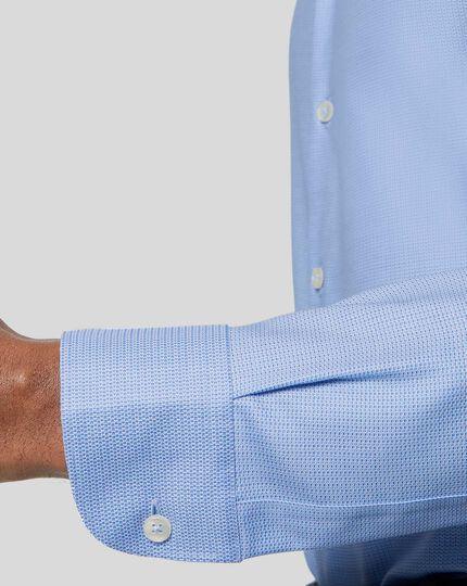 Strukturiertes bügelfreies Hemd mit Business-Casual-Kragen und Stretch - Blau