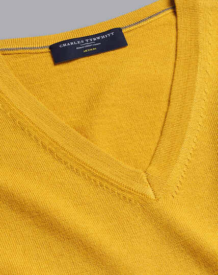 Merino V-Neck Jumper - Dark Yellow