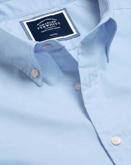 Bügelfreies Popeline-Hemd aus Stretchgewebe mit Button-down-Kragen - Himmelblau