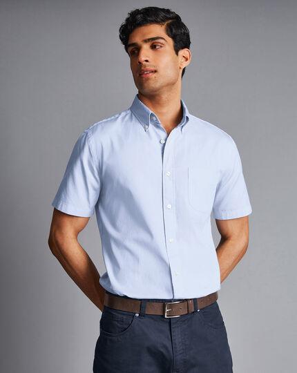 Vorgewaschenes Oxford-Kurzarmhemd mit Button-down-Kragen - Himmelblau