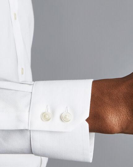 Bügelfreies Stretch-Baumwollhemd mit Haifischkragen - Weiß