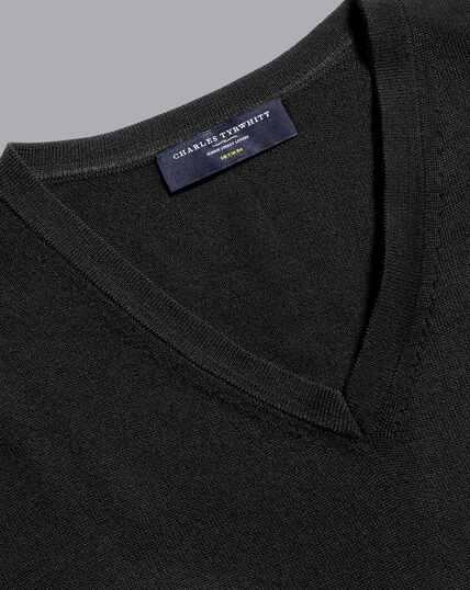 Merino V-Neck Sweater - Black