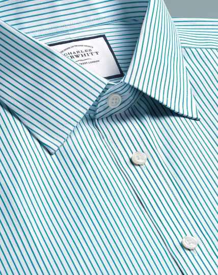 Bügelfreies Hemd mit Haifischkragen und Streifen - Grün