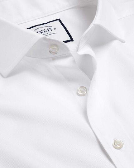 Bügelfreies Twill-Hemd mit Haifischkragen - Weiß