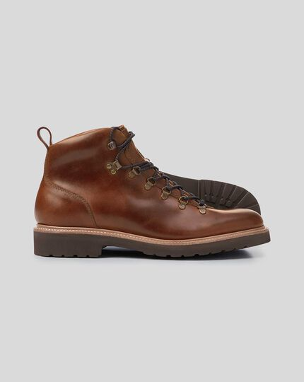 Goodyear-rahmengenähte Stiefel mit Commando-Sohle - Mokkafarben
