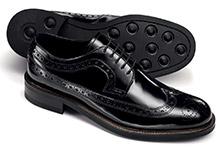 Brogue wing cap shoe pattern