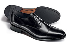 Plain toe cap shoe pattern